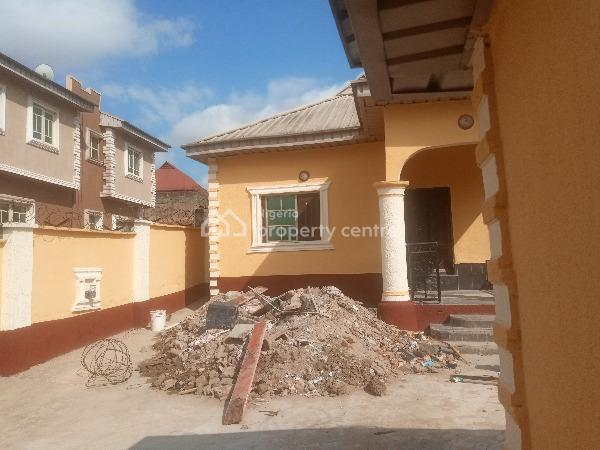 Fine Renovated Mini Flat, Aboru, Ipaja, Lagos, Mini Flat for Rent