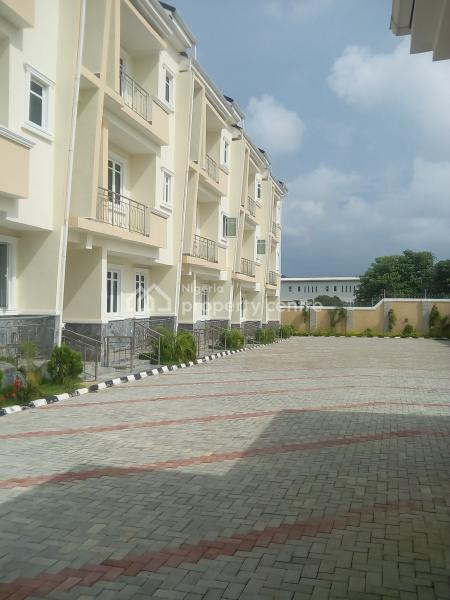 a Tastefully Finished Serviced Brand New 4 Bedroom Terrace Duplex, Guzape District, Abuja, Terraced Duplex for Rent