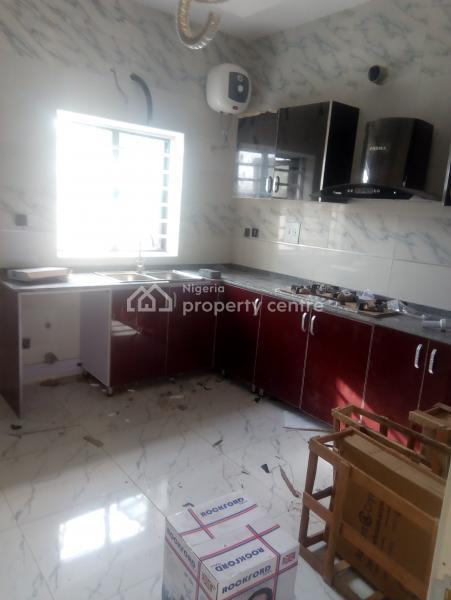 Luxury 4 Bedroom Terraced, Van Daniel Street, Lafiaji, Lekki, Lagos, Terraced Duplex for Rent