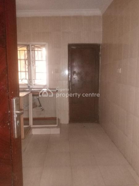 Renovated 3 Bedroom Flat, Egbeda, Alimosho, Lagos, Flat for Rent