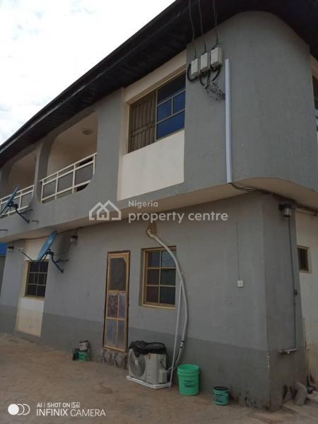 3 Bedroom Flat, Iju-ishaga, Agege, Lagos, Flat for Rent
