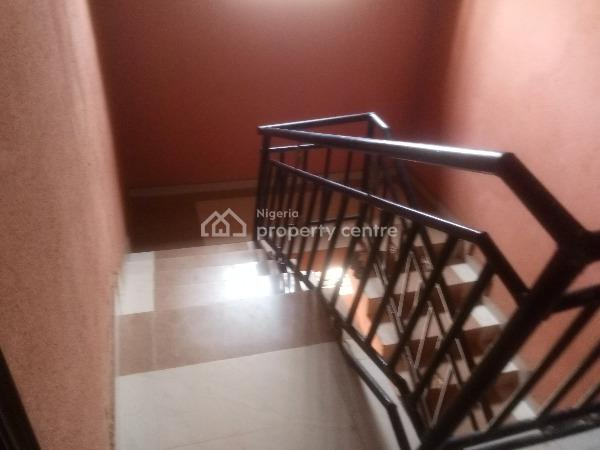 Decent Lovely Renovated 3 Bedroom Flat, Peace Estate Baruwa, Ipaja, Lagos, Flat for Rent