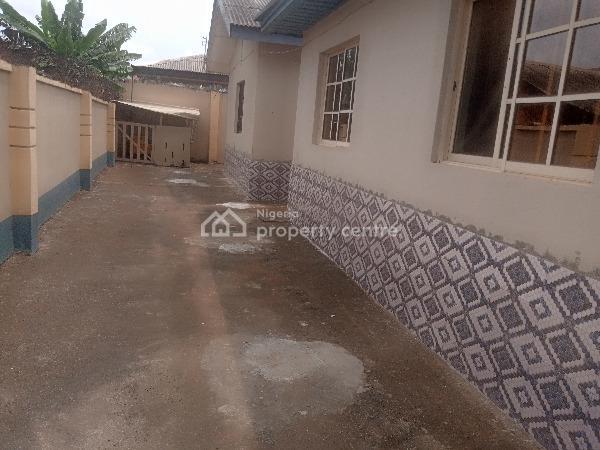 Clean Renovated 3 Bedroom Flat, Peace Estate Baruwa, Ipaja, Lagos, Flat for Rent