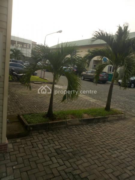 Lovely 3 Bedroom Duplex with Bq, Royal Estate, Eric Moore, Surulere, Lagos, Terraced Duplex for Sale