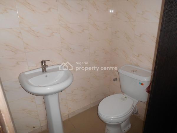 Spacious 2 Bedroom Flat, Ilasan, Lekki, Lagos, Flat for Sale