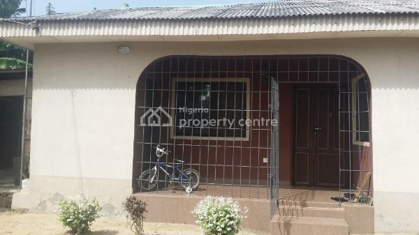 3 Bedrooms Bungalow, Popular Imeke Town, Opposite  Oba of Imeke Land House, Aradagun, Badagry, Lagos, Detached Bungalow for Sale