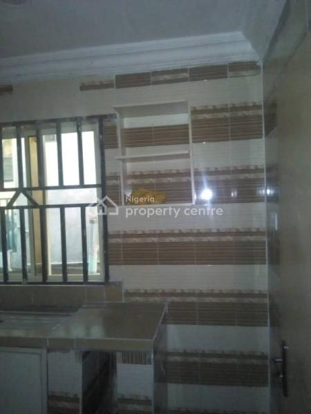 2 Bedroom Flat, Opp. Omole Estate, Omole Phase 1, Ikeja, Lagos, Flat for Rent