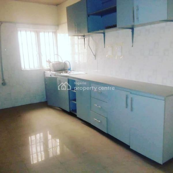 Three Bedroom Apartment For Rent: For Rent: Luxury 3 Bedroom Apartment, Jakande First Gate