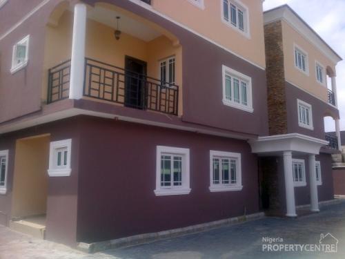 Lovely brand new 3 bedroom terrace house with boys for Terrace house boys