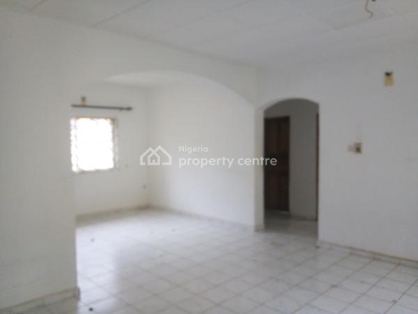 Neat 2 Bedroom Flat, No 4, Plot 19 B Close Road 341, Gwarinpa, Abuja, Flat for Rent