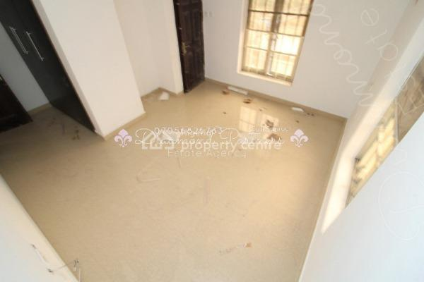 2 Bedroom Serviced Flat + Pool + Gym Pent Floor, Lekki Phase 1, Lekki, Lagos, Flat for Rent