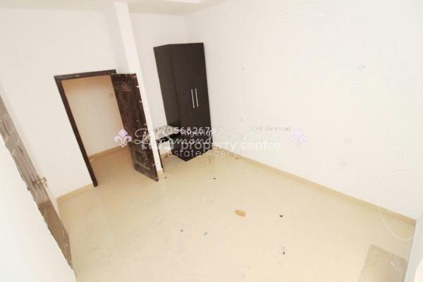 3 Bedroom Serviced Flat + Pool + Gym, Off Admiralty Way, Lekki Phase 1, Lekki, Lagos, Flat for Rent