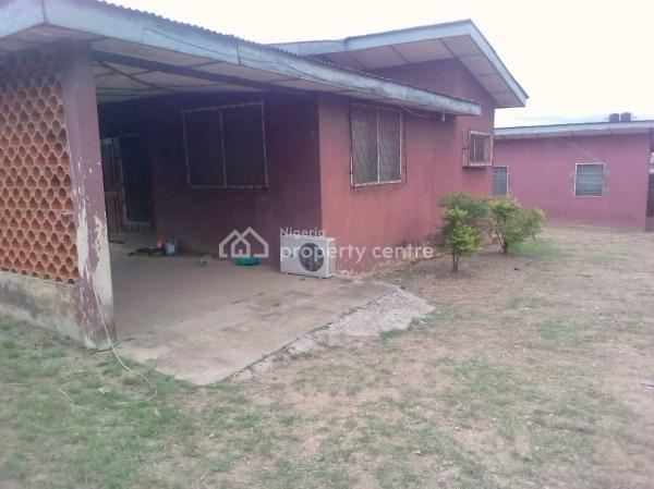 Old 5 Bedroom Bungalow with Bq, Ashi, New Bodija, Ibadan, Oyo, Block of Flats for Sale