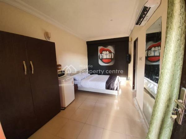 Contemporary One (1) Bedroom Studio Apartment, Adeniyi Coker, Victoria Island (vi), Lagos, Self Contained (single Rooms) Short Let