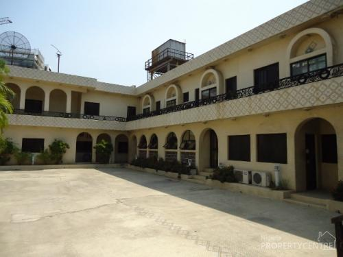 For sale hotel for sale at victoria island off ajose for Houses for sale with guest house on property