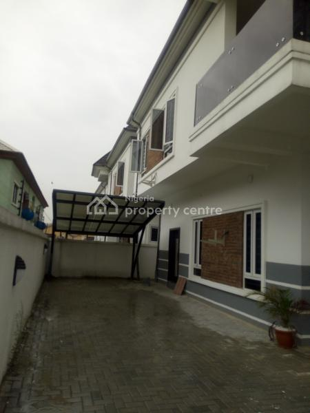 4 Bedroom with Bq, Facing Express Way, Ologolo, Lekki, Lagos, Commercial Property for Sale