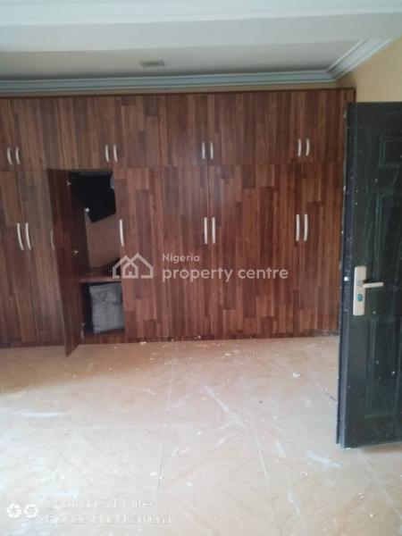 a Room in a Flat Shared Apartment, Mobile Road Beside North West Filling Station,lekki Pennisula Scheme 2 Axis, Peninsula Garden Estate, Ajah, Lagos, Self Contained (single Rooms) for Rent