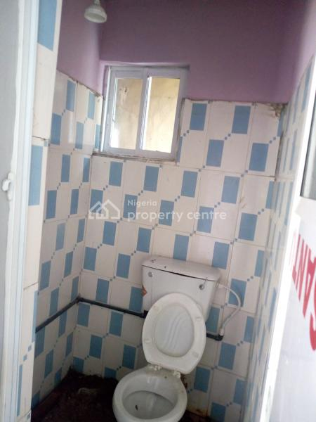 a Lovely Luxury Roomself  Con @ Shomolu By Yabatech Yaba Lagos, Shomolu, Lagos, Self Contained (single Rooms) for Rent