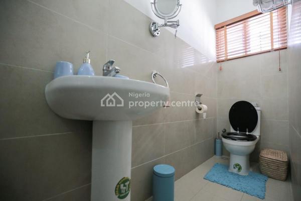 Luxury Three Bedroom, Off Abeke Arobieke Street, Lekki Phase 1, Lekki, Lagos, Mini Flat Short Let