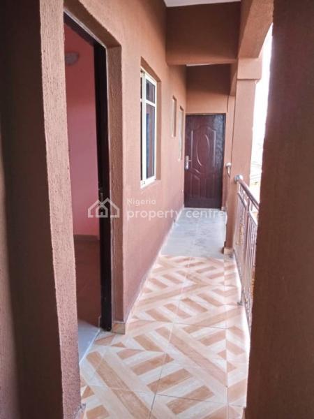 Mini Flat in a Gated Compound, Odunsi Street, Bariga, Shomolu, Lagos, Mini Flat for Rent