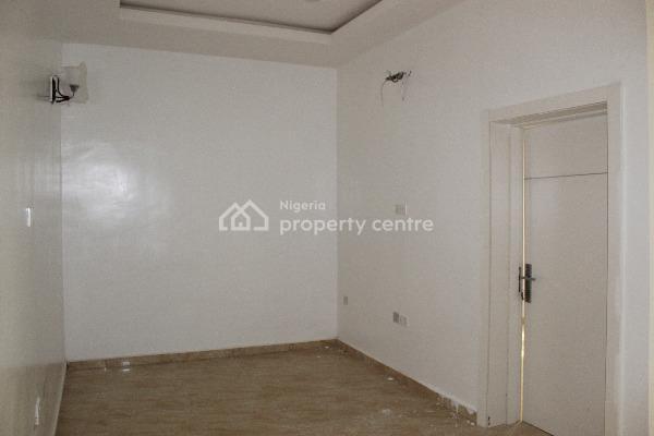 Tastefully Finished 4 Bedroom Terrace Duplex with Excellent Facilities, Lafiaji, Lekki, Lagos, Terraced Duplex for Sale