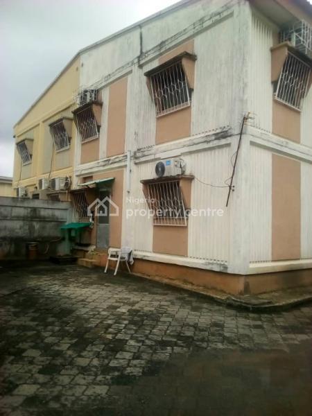 4 Bedroom Semi Detached House, Makoko Road, Adekunle, Yaba, Lagos, Detached Duplex for Sale