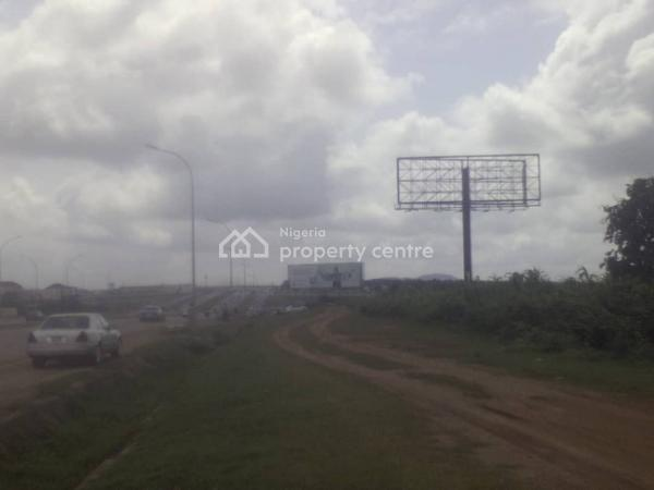Petrol Filling Station Plot, Beside Papal Ground, on The Kubwa Expressway, Kubwa, Abuja, Commercial Land for Sale