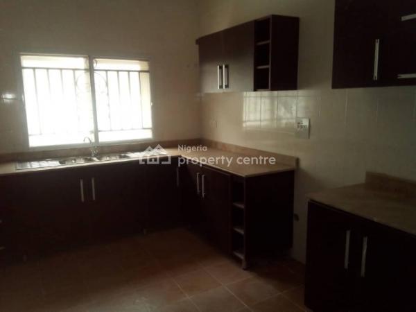 Very Comfortably Built 4 Bedroom Flat ( Penthouse), Around Peninsula Gerden, Ajah, Lagos, Flat for Rent