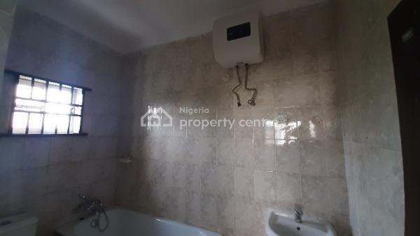 Lovely & Spacious 3 Bedroom Flat (upstairs), Idado Extension, Idado, Lekki, Lagos, Flat for Rent
