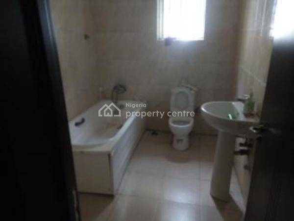 Shared Apartment, Bakare Estate, Chevron, Lekki, Lagos, Self Contained (single Rooms) for Rent