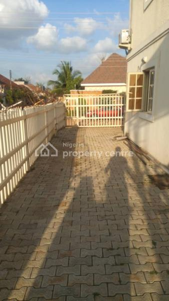 Self Contained, Close to Conoil, Kado, Abuja, Self Contained (single Rooms) for Rent