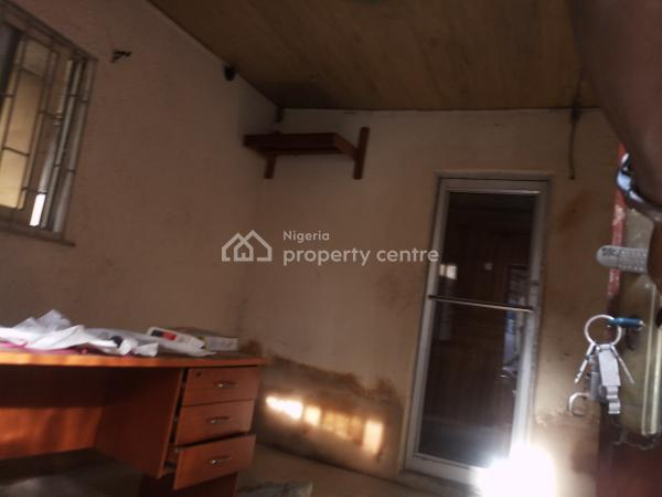 Just Clean Renovated Self Contained, Yaba, Lagos, Self Contained (single Rooms) for Rent