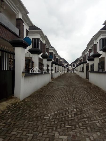 5 Bedroom Duplex in a Mini Estate, Jakande, Lekki, Lagos, Detached Duplex for Sale