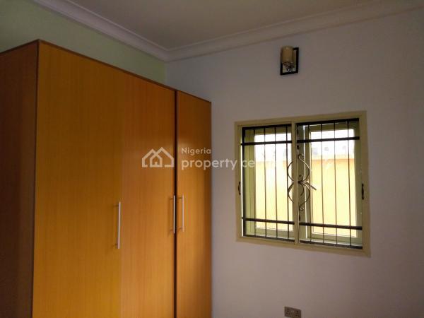 Luxury 3 Bedroom + a Room Bq, Off Ologolo Road, Ologolo, Lekki, Lagos, Flat for Rent