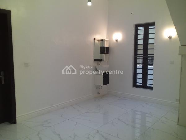 5 Bedroom Detached House, Chevy View Estate, Lekki, Lagos, Detached Duplex for Sale