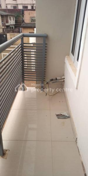 a Luxurious 3 Bedroom Flat with a Room Bq with Modern Finishing, Off Yetunde Brown, Ifako, Gbagada, Lagos, Flat for Rent