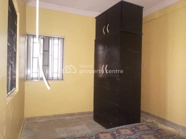 a Lovely Compact 2 Bedroom Flat, Lagos Street Off Herbert Macaulay, Ebute Metta East, Yaba, Lagos, Flat for Rent