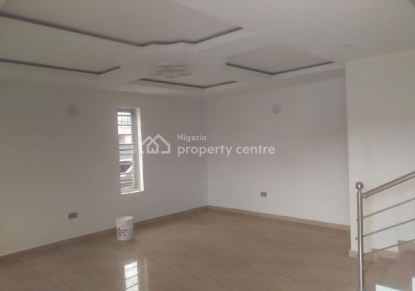 Spacious Office Space, at Olabanji Olajide Street, Lekki Phase 1, Lekki, Lagos, Office Space for Rent