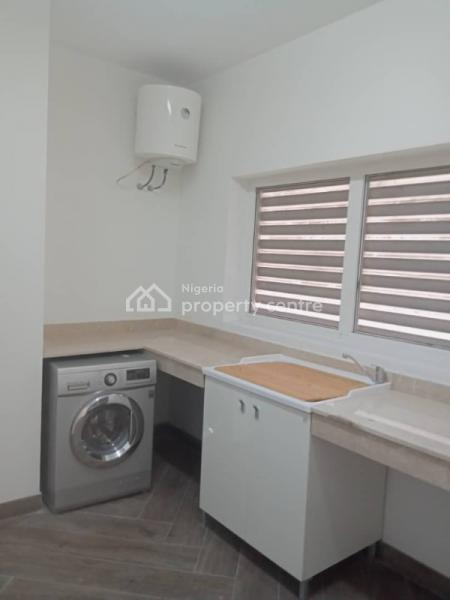Fantastically Built 3bedroom Flats with Bq, 24hours Power,  Movie Room, Swimming Pool, Gym, General Reception Area, Old Ikoyi, Ikoyi, Lagos, Flat for Rent