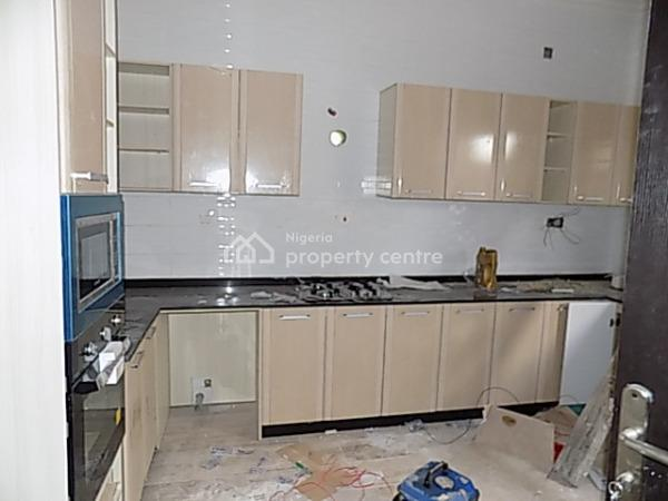 4 Bedroom Fully Detached Duplex with Bq, Large Compound Space, Fitted Kitchen, 2nd Roundabout, Lekki Phase 1, Lekki, Lagos, Detached Duplex for Sale