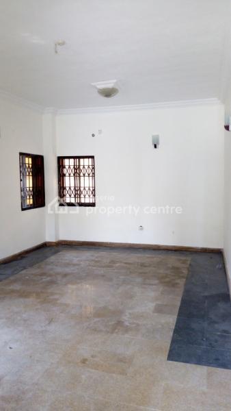 3bedroom Well Spacious Apartment, Osapa, Lekki, Lagos, Flat for Rent