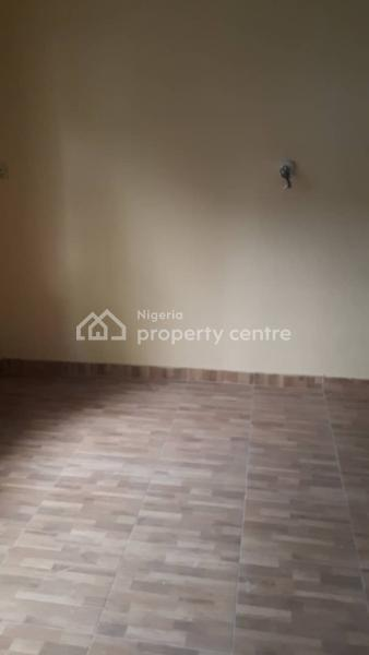 a Well Maintained and Solidly Built 5 Bedrooms Semi Detached Duplex Ensuite with Spacious Sitting Room, Standard Wardrobes, Magodo, Lagos, Semi-detached Duplex for Rent