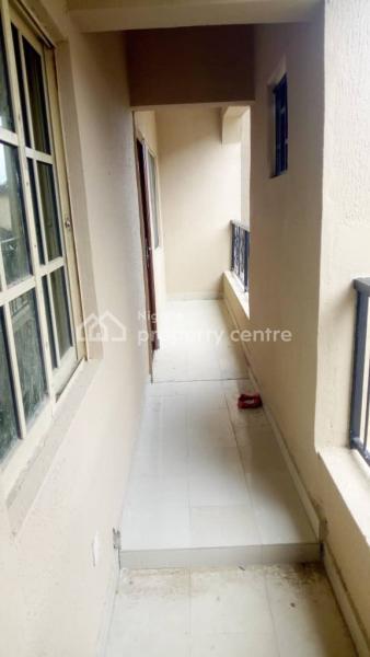 Renovated 2bedroom Apartment, Thomas Estate, Ajah, Lagos, Flat for Rent