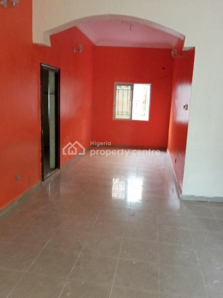 Luxury 2 Bedroom Apartment, University View Estate, Lekki Phase 1, Lekki, Lagos, Flat for Rent