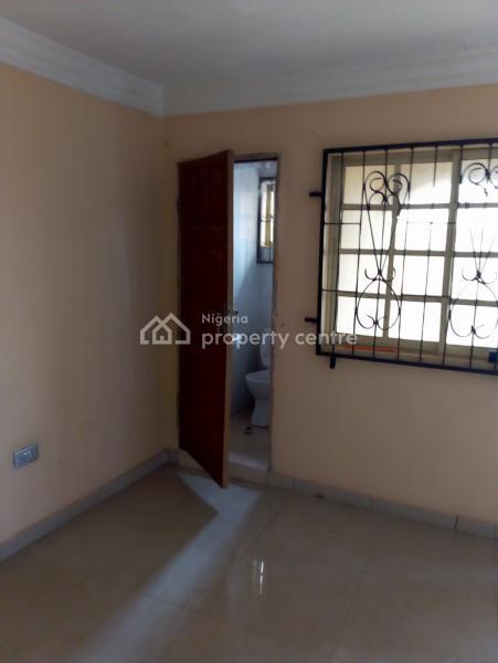 3 Bedrooms Flat, Kings C., Bible Church Way, Iyana-olopa, Akobo, Ibadan, Oyo, Flat for Rent