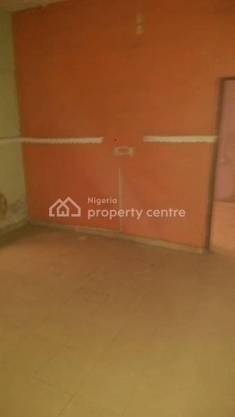 a Very Decent Room Self Contained, Close to Ikorodu Road, Jibowu, Yaba, Lagos, Self Contained (single Rooms) for Rent
