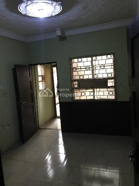 Lovely Room Self Contained, Eric Moore, Surulere, Lagos, Self Contained (single Rooms) for Rent
