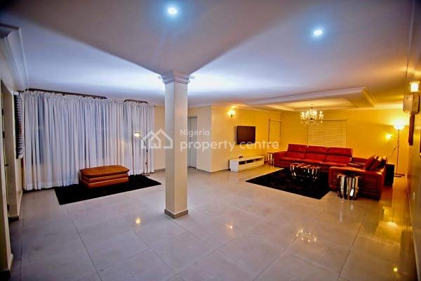 Tranquility and Comfort in a Beautiful and Serene Apartment, Lekki Phase 1, Lekki, Lagos, Flat Short Let