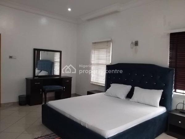 Luxury 2 Bedroom Maisonette Apartment, Off Admiralty Road, Lekki Phase 1, Lekki, Lagos, Flat Short Let
