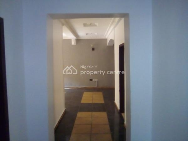 a Neat and Spacious 3 Bedroom Flat Situated in a Gated Estate, Osapa, Lekki, Lagos, Flat for Rent